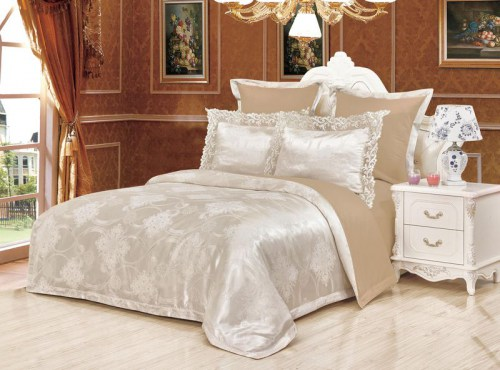 e84189365d5c Семейное постельное белье с двумя пододеяльниками KAZANOVA